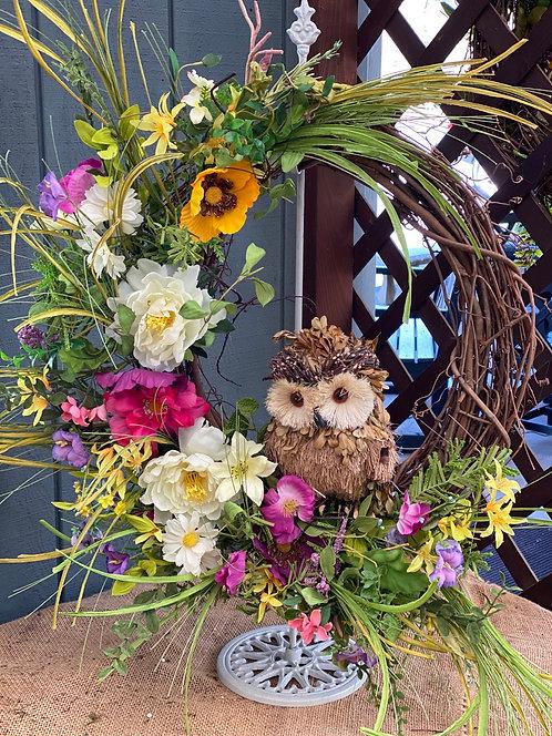 The Owl Artificial Wreath