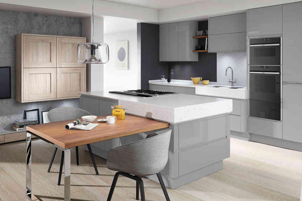 Remo kitchen Silver Grey Gloss and Broadoak Rye