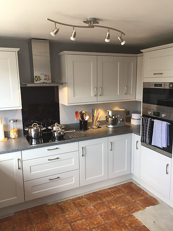 Customer Kitchen, White Shaker Style