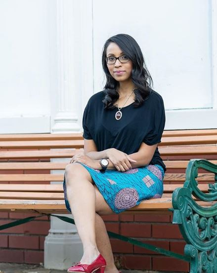 Gaayathri, creating her own style with a customized UnikSkirts