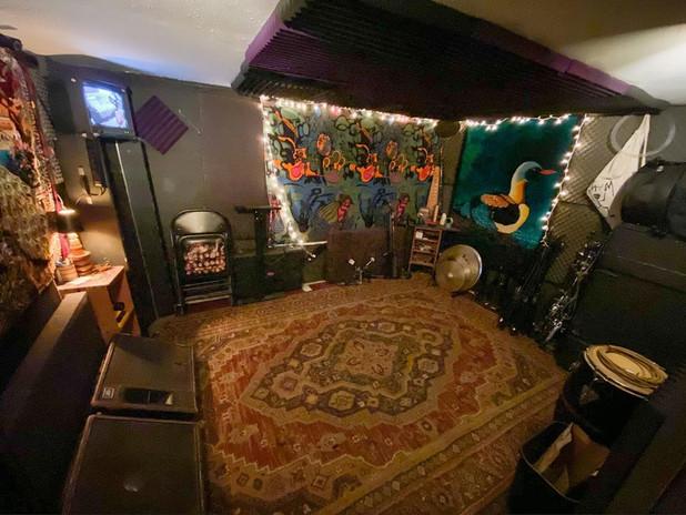 Live Room NE Corner
