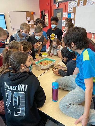 Classe participante, Téné-brillons!