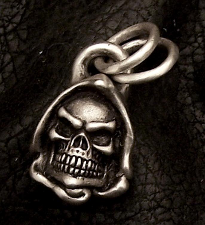 Reaper pendant silver