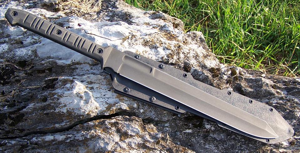 2 Hand Marauder sword