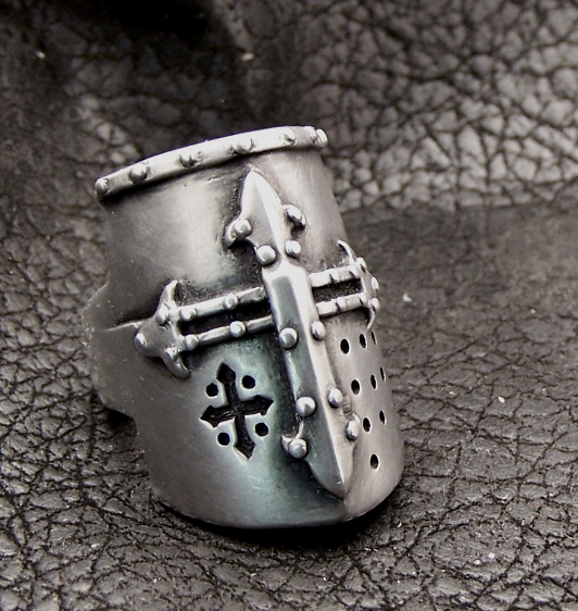Crusader Helm ring
