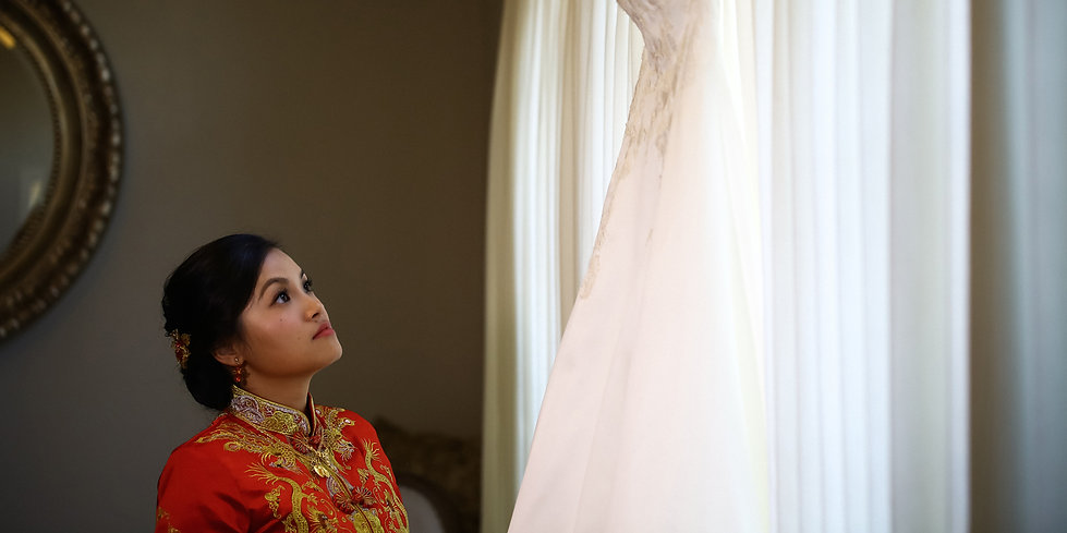 Chinese bride in her traditional wedding gown, by Xenia Helix Photography