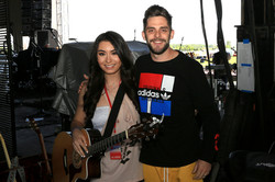 Brianna & Thomas Rhett