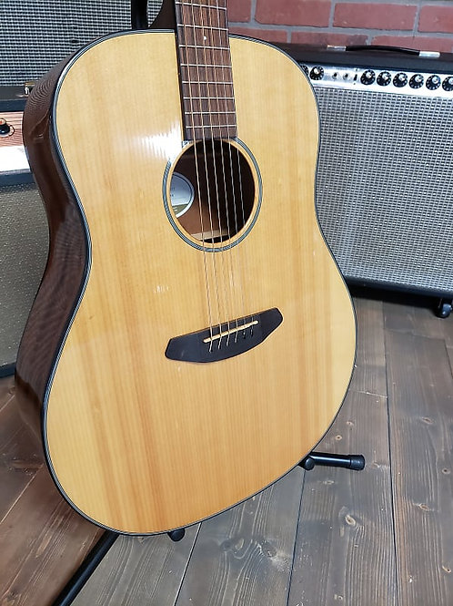 Breedlove Discovery Dread Natural