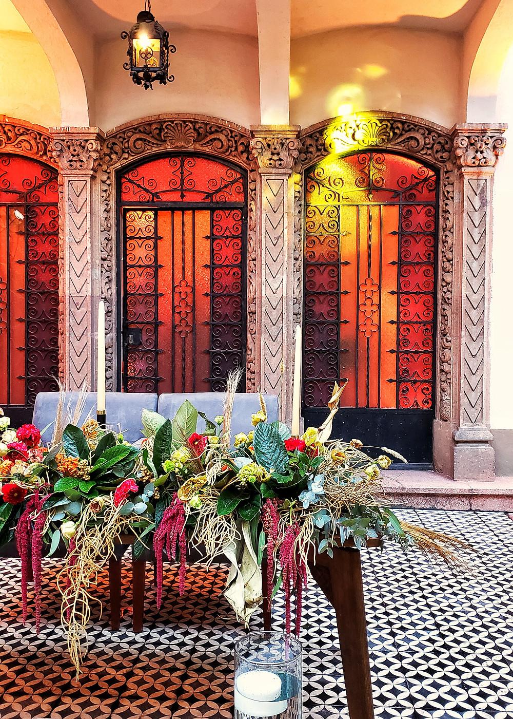 Licastro, un venue ideal para fiestas empresariales navideñas. Keyboo