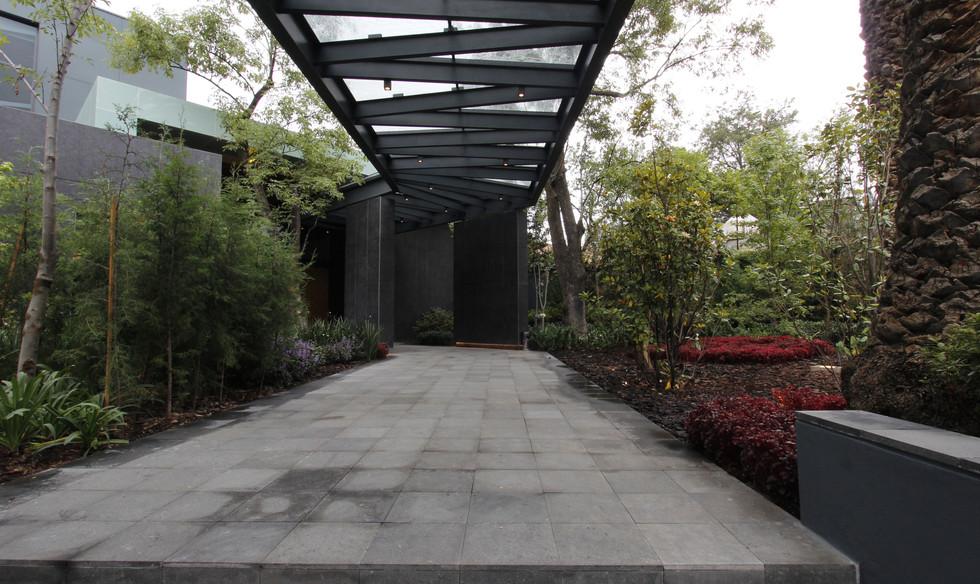 Pasillo entrada principal