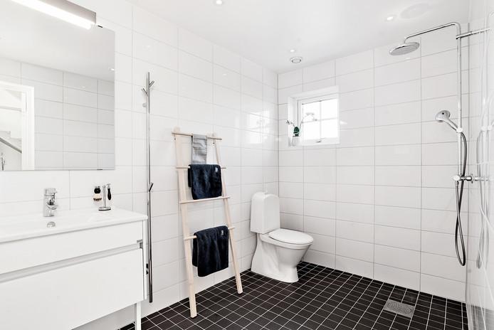 Badrum 1 med dusch