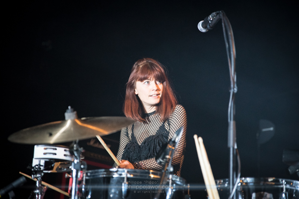 "Jennie Burke, drummer of the French rock duo Klink Clock, live in Lyon, France, December 2017.  © Philippe ""Pippo"" Jawor All rights reserved."