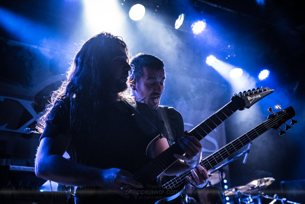 """Joe Tal (left), guitarist, and Remko Tielemans (right), bass player of the Dutch progressive metal band Textures, live in Lyon, France, November 2017.  On assignment for Metal Obs' Magazine © Philippe """"Pippo"""" Jawor All rights reserved."""