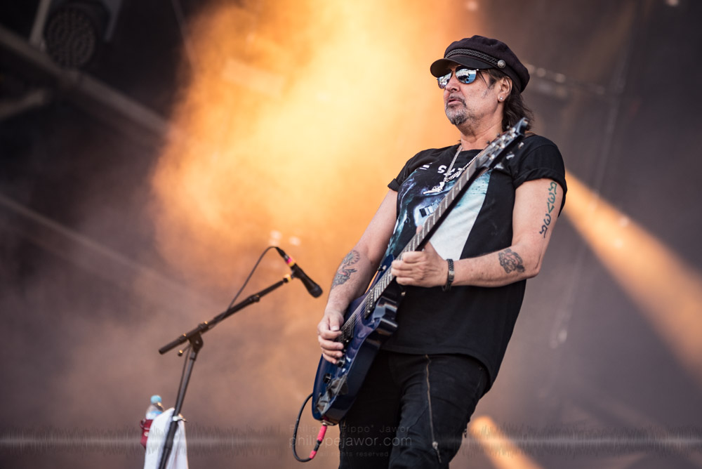 "The Welsh guitarist Phil Campbell, live at Hellfest Open Air festival, Clisson, France, June 2017.  On assignment for Metal Obs' Magazine.  © Philippe ""Pippo"" Jawor All rights reserved."
