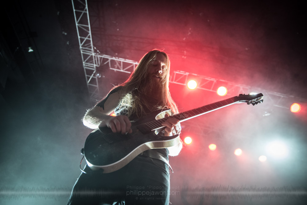 """Jord Otto, guitarist of the Dutch progressive metal band Vuur live in Lyon, France, November 2017.  © Philippe """"Pippo"""" Jawor All rights reserved."""