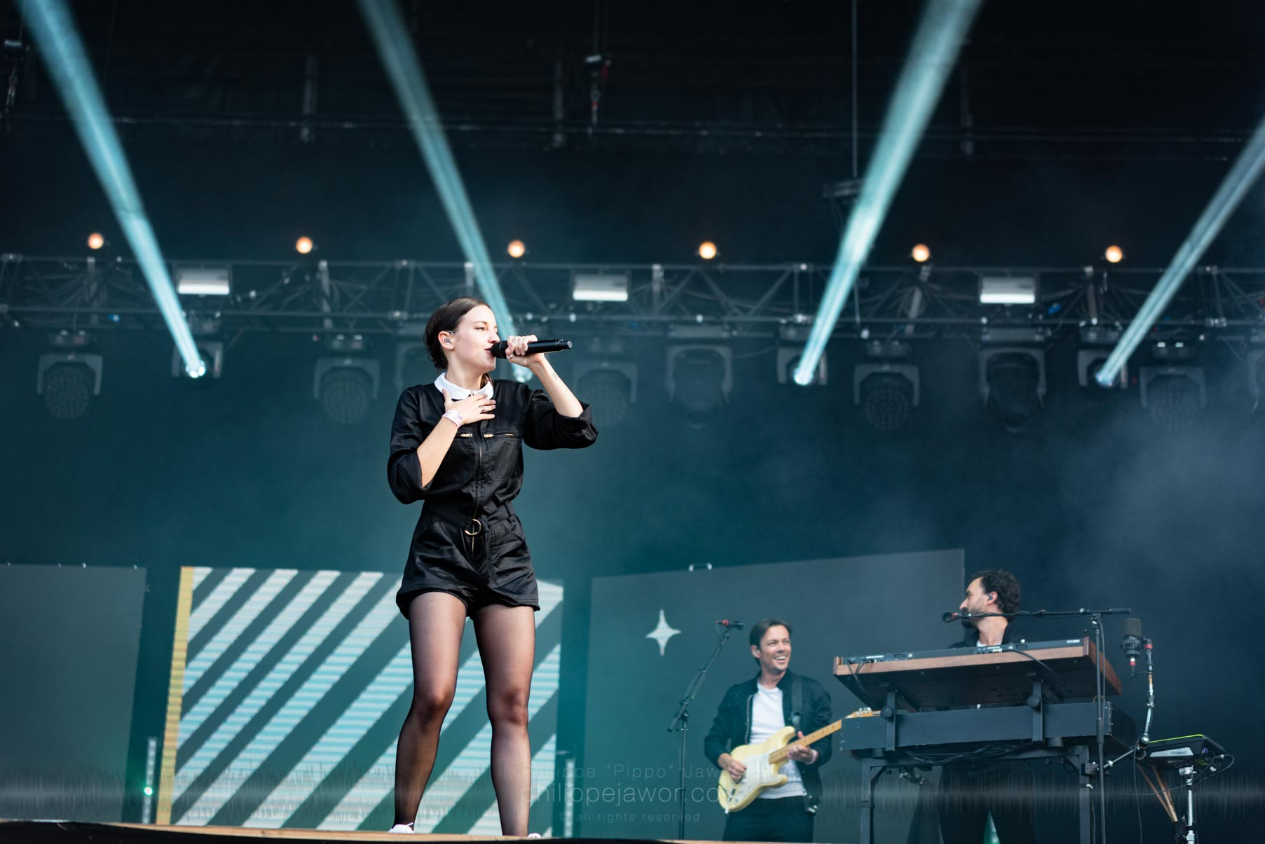 """The French pop artist Jeanne """"Jain"""" Galice, live at Rock en Seine festival, Paris, France, August 2017.  On assignment for ZYVA Magazine All rights reserved."""
