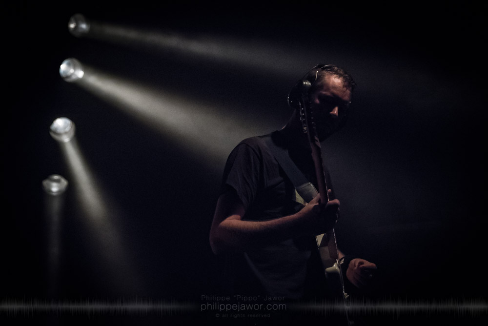 """Michel Nienhuis, guitaris of the Dutch progressive metal band Exivious, live in Lyon, France, November 2017.  On assignment for Metal Obs' Magazine © Philippe """"Pippo"""" Jawor All rights reserved."""