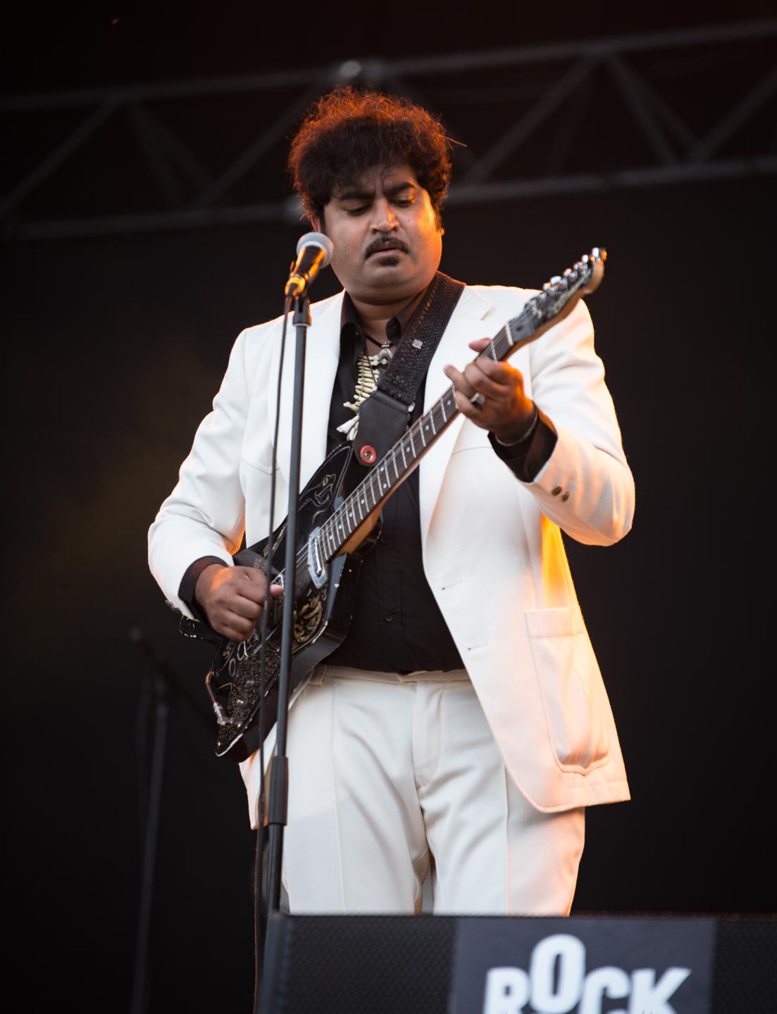 The Berlin-based garage rock and psychedelic soul band King Khan & the Shrines, live at Rock en Seine festival, Paris, France, August 2017.  On assignment for ZYVA Magazine All rights reserved.