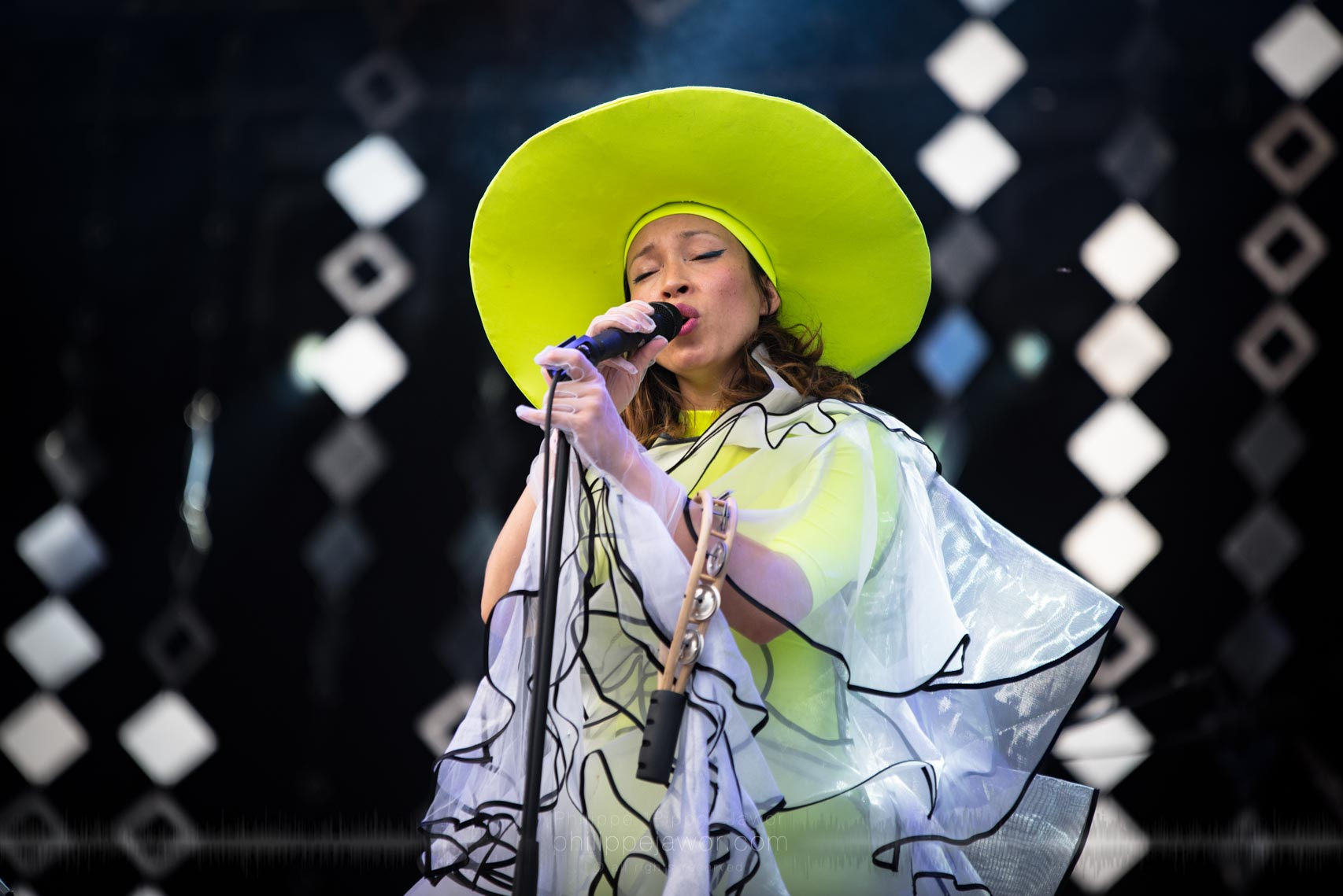 The Swedish electronic music band Little Dragon, live at Rock en Seine festival, Paris, France, August 2017.  On assignment for ZYVA magazine All rights reserved.