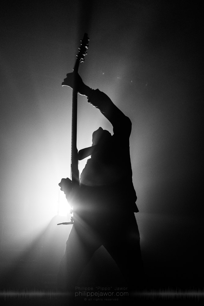 """The French Black Metal band Regarde Les Hommes Tomber live in Lyon, France, october 2017.  On assignment for Metal Obs' Magazine  © Philippe """"Pippo"""" Jawor All rights reserved."""
