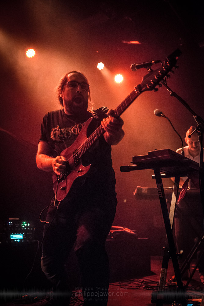 """Nicolas Sénac (left), guitarist, and Benjamin Bardiaux (right), keyboardist of the French avantgarde metal band Pryapisme live in Lyon, France, November 2017.  © Philippe """"Pippo"""" Jawor All rights reserved."""