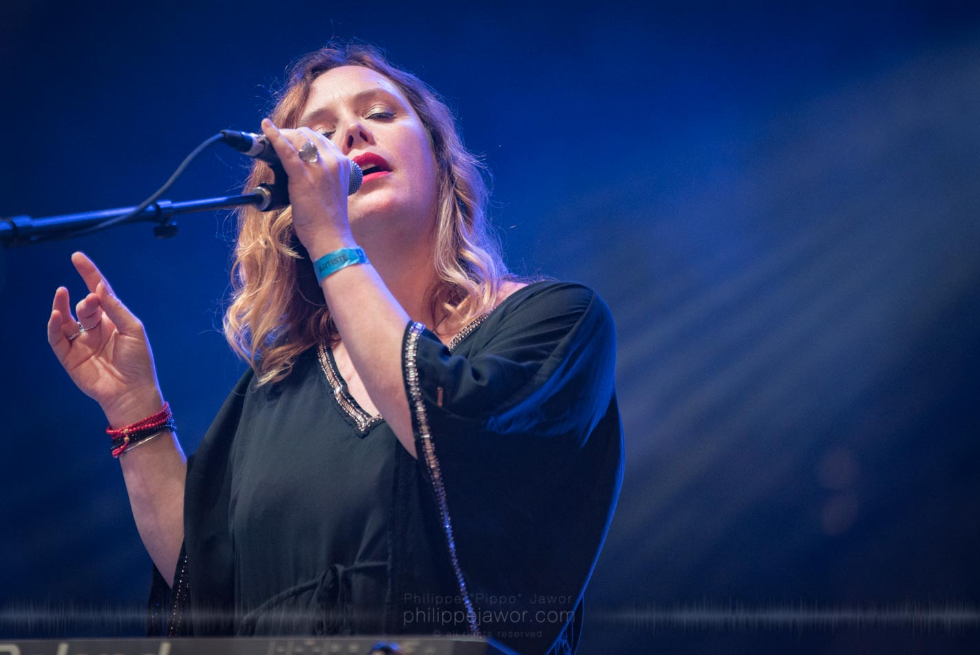 The English rock band Slowdive, live at Rock en Seine festival, Paris, France, August 2017.  On assignment for ZYVA Magazine All rights reserved.