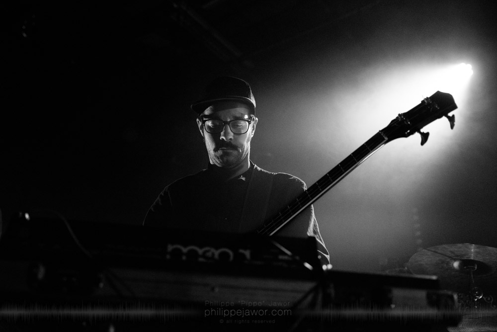 """Antony Miranda, bass player of the French avantgarde metal band Pryapisme live in Lyon, France, November 2017.  © Philippe """"Pippo"""" Jawor All rights reserved."""