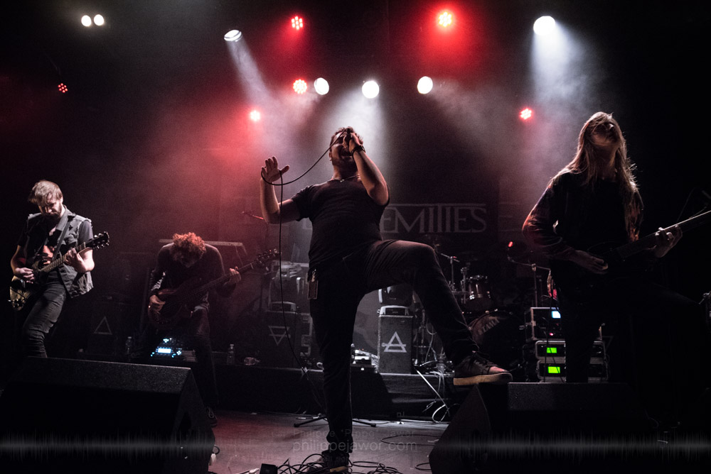 """The Dutch progressive groove metal band Extremities, live in Lyon, France, November 2017.  On assignment for Metal Obs' Magazine © Philippe """"Pippo"""" Jawor All rights reserved."""