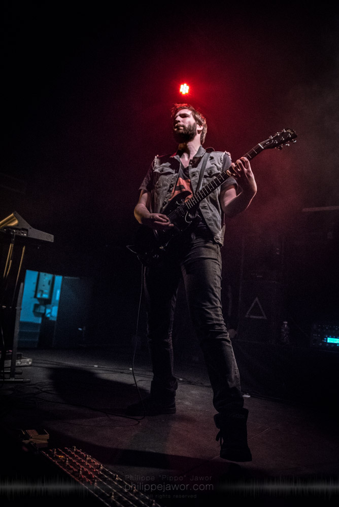 """Maarten Stoelhorst, guitarist of the Dutch progressive groove metal band Extremities, live in Lyon, France, November 2017.  On assignment for Metal Obs' Magazine © Philippe """"Pippo"""" Jawor All rights reserved."""