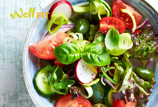 5 Ways Your Salad is Hindering Your Weight Loss Efforts