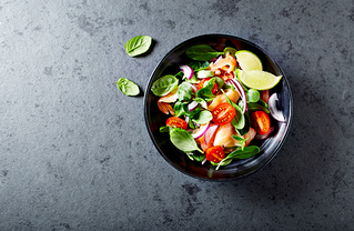 5 WAYS YOUR SALAD IS HINDERING YOUR WEIGHT LOSS EFFECTS