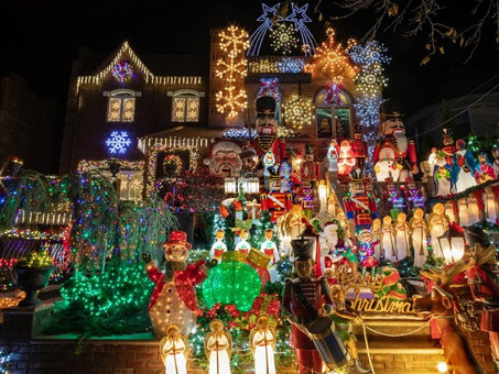 New York City: The Dyker Heights Christmas Lights 2020