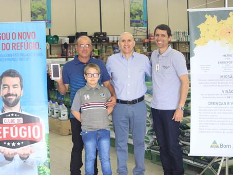 Clube do Refúgio premia cooperado da Lapa