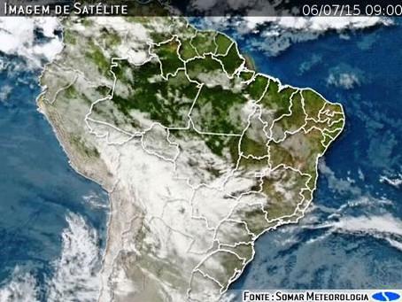 Semana começa com muita chuva em todo o Centro-Sul