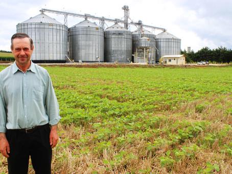 """O solo é a maior riqueza que temos"", diz cooperado de Balsa Nova"