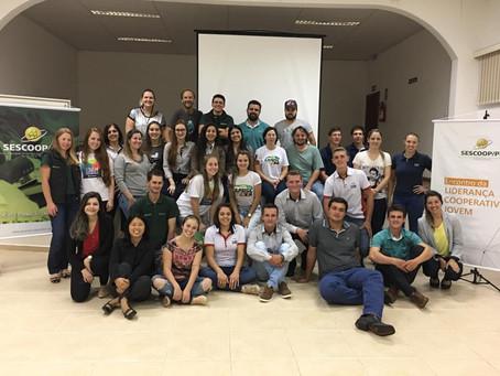 Jovens da Bom Jesus participam do Encontro da Liderança Jovem, em Prudentópolis