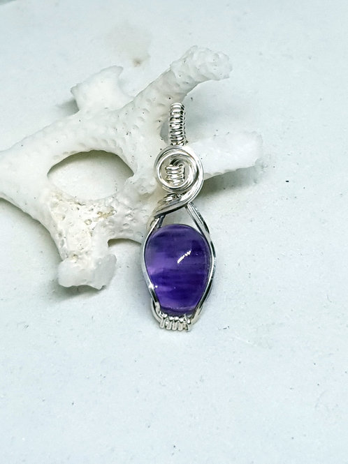 Dainty amethyst  hand woven silver pendant necklace