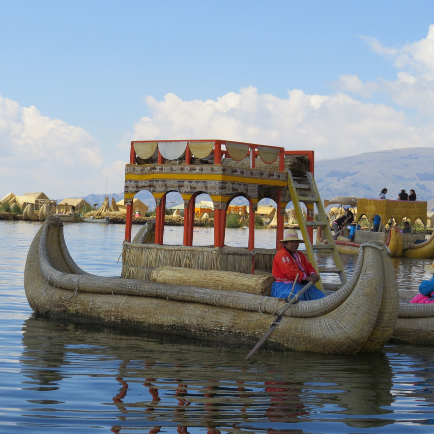Øyhopping på Titicacasjøen