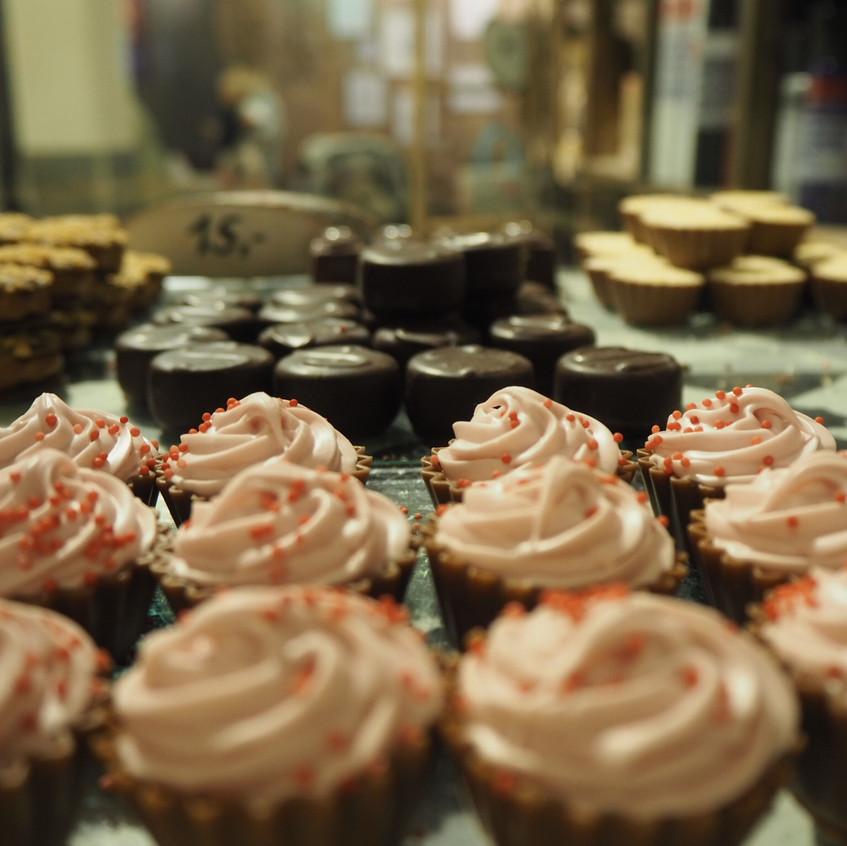 Deilige kaker i kaffebaren