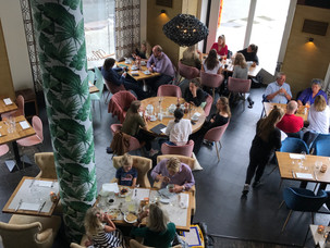 Where do bloggers and it-girls have lunch in Oslo?