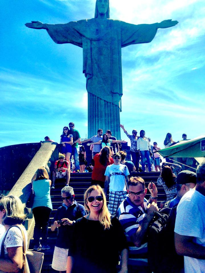 Travelqueen visiting Christ the Redeemer