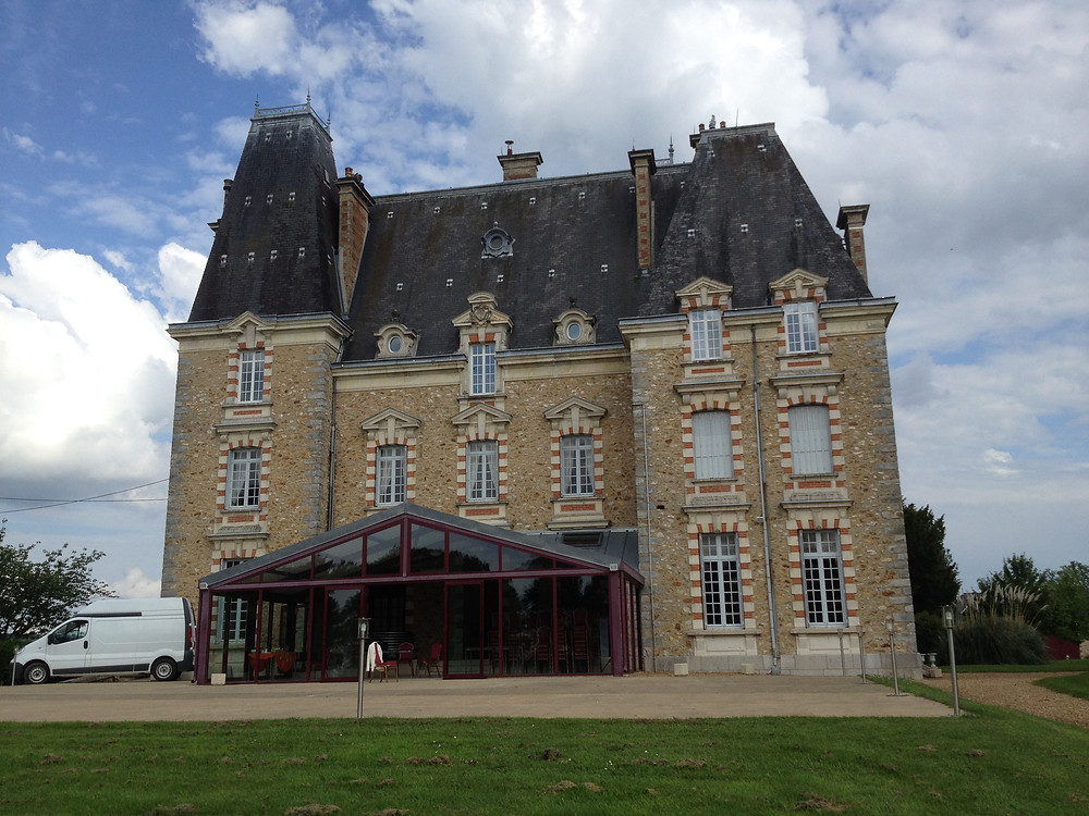 DJ Anniversaire Château De Montbraye