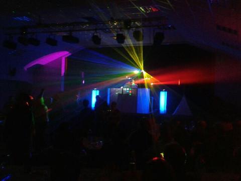 JS Solesmes - Ambiance exceptionnelle à l'occasion de la soirée dansante (72300 Solesmes). Remerciem
