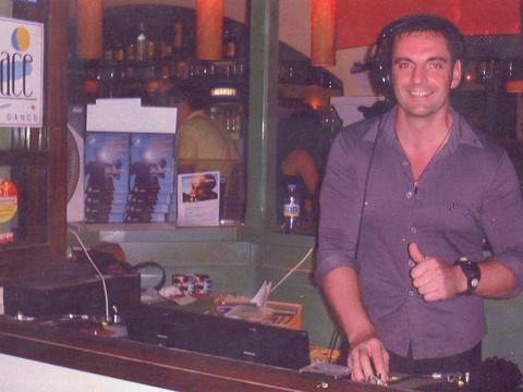 1er DJ set @ Savannah @ Ibiza...sur vinyl en 1999...