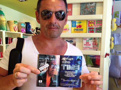 Magazine MAG X IBZ @ Pacha Shop @ Ibiza... Promo & DJ sets Philippe Reda...