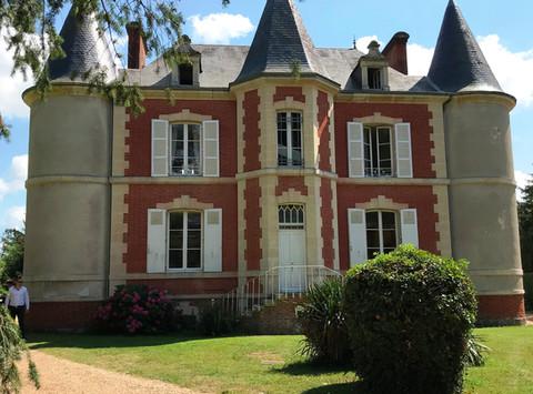 Félicitations à Charline et Olivier pour ce beau mariage @ La Gourdinière @ Moncé en Belin.  Tous no