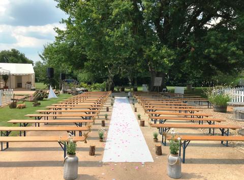 Félicitations à Manon et Matthieu pour ce beau mariage qui s'est déroulé dans un lieu très agréable