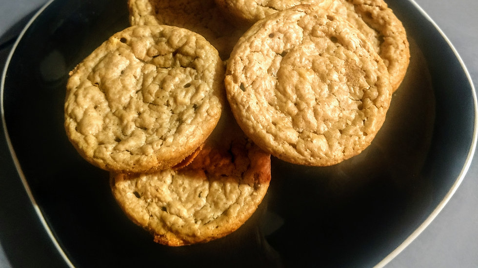 Peanut Butter, Banana and Oatmeal Muffins