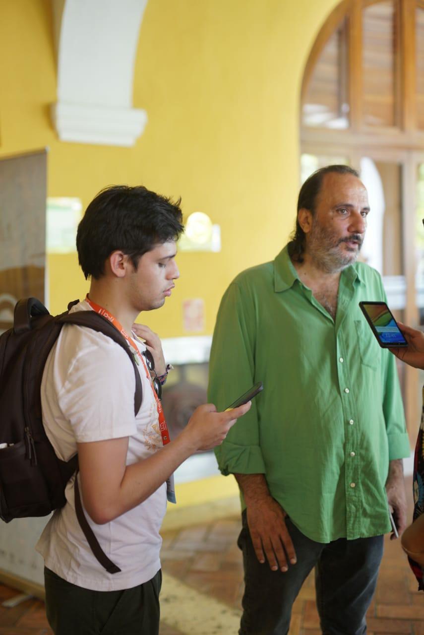 FOTO tomada por Jacob Valencia en entrevista a Felipe Aljure.