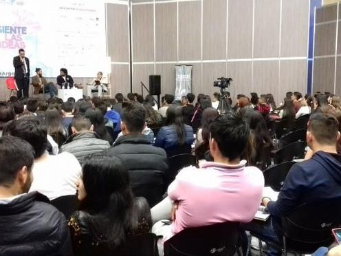 Desarrollo sostenible, tema de debate en la Feria del libro